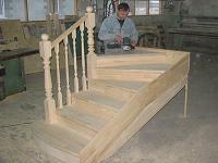 Деревянные лестницы дома и дачи