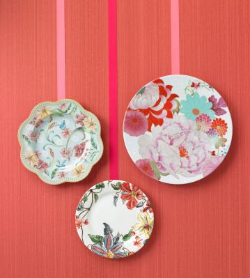 Декоративные тарелки на стену разных размеров фото