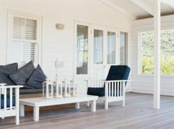 Чисто белая мебель для терассы фото